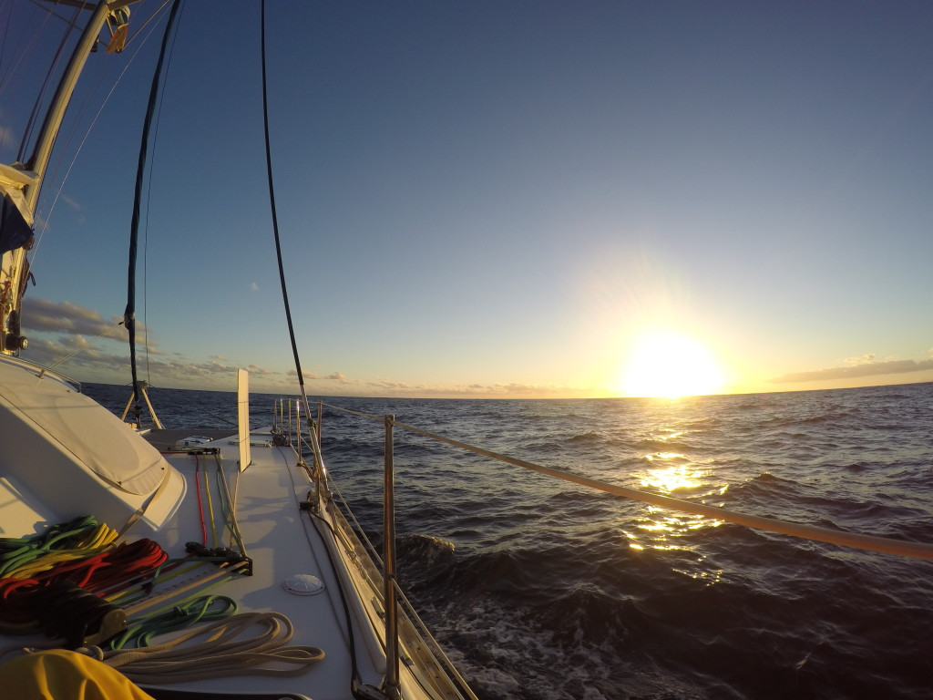 Pierwszy zachód słońca w czasie rejsu do Afryki