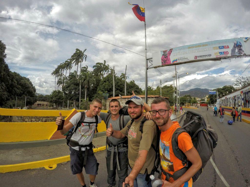 Granica Wenezuela - Kolumbia. Opuszczamy socjalistyczny raj.